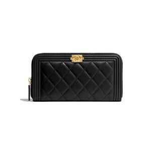 Chanel Boy Chanel Zipped Wallet in Grained Calfskin & Gold-tone Metal-Black