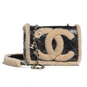 Chanel Women Flap Bag in Shiny Crumpled Sheepskin Leather