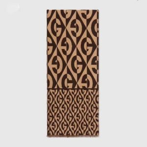 Gucci Unisex G Rhombus Jacquard Scarf in Wool and Cotton-Brown