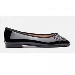 Chanel Women Ballerinas in Patent Calfskin Leather-Black
