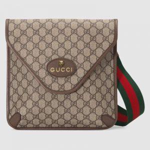 Gucci GG Unisex Neo Vintage GG Medium Messenger in BeigeEbony GG Supreme Canvas